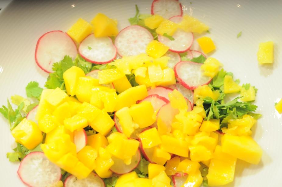 salat asiatisk mango_koriander_vårløk