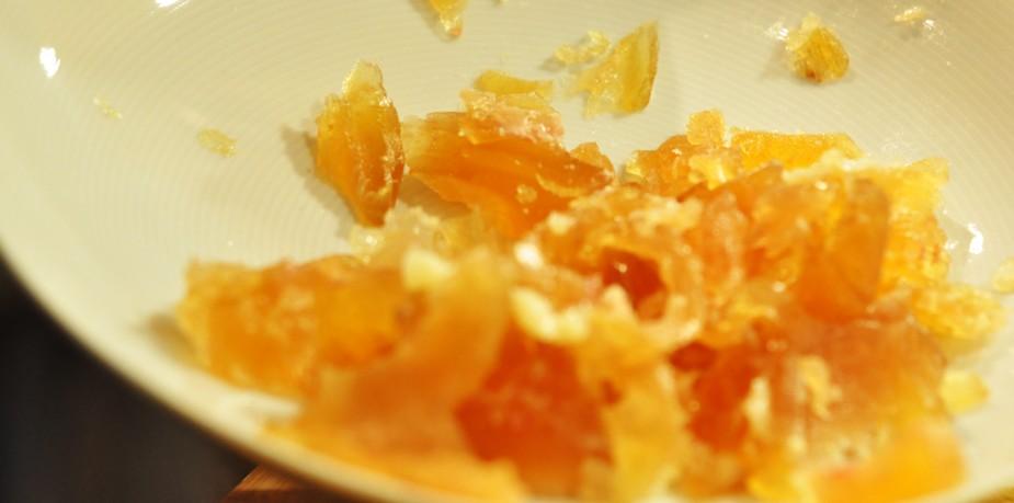 svineknoke med rask thai curry_gele