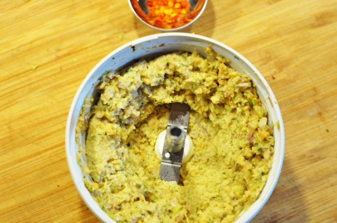 svineknoke med rask thai curry_paste