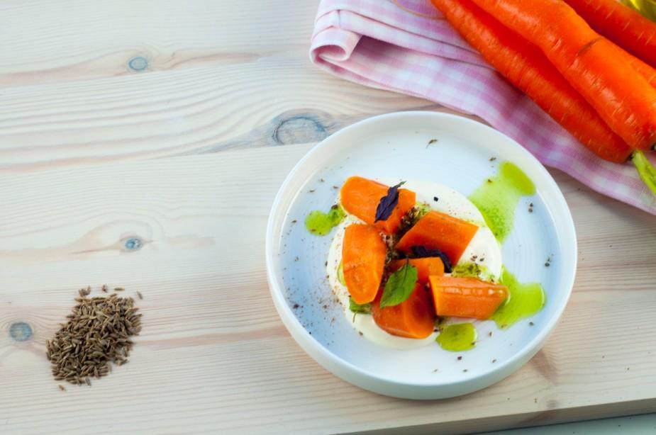 gulrot salat med urteolje og indiske krydder (9)
