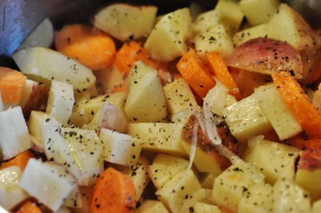 Kålrabisuppe med gulerøtter kål og poteter (6)