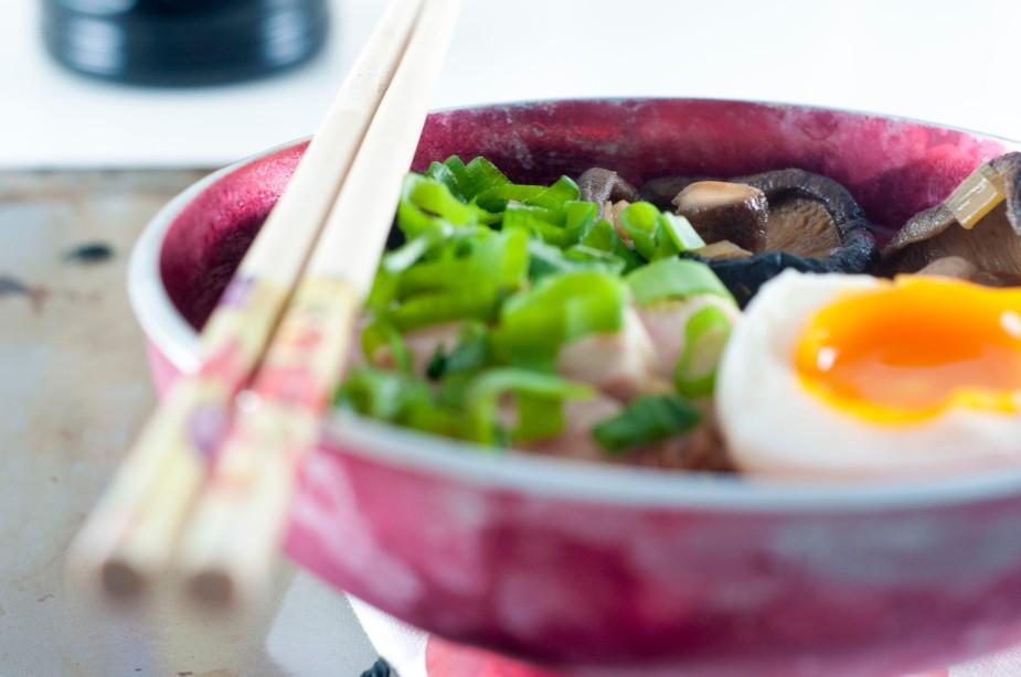 kylling ramen med miso og egg (42)